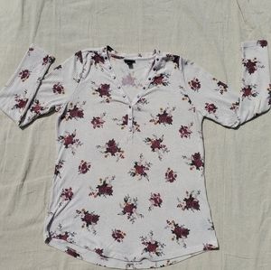 Torrid waffle thermal tan with red floral size 1